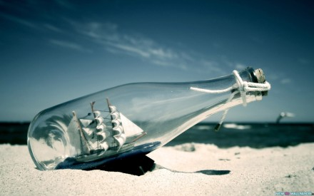ship-in-a-bottle-artistic